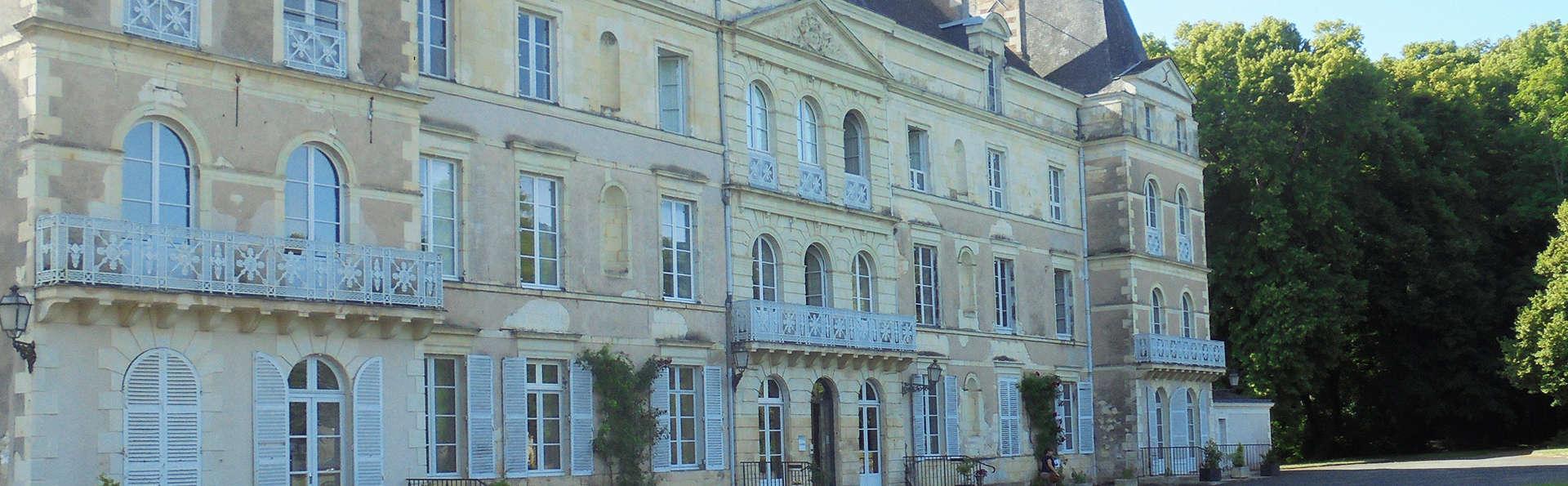 Château de Briançon - EDIT_front2.jpg