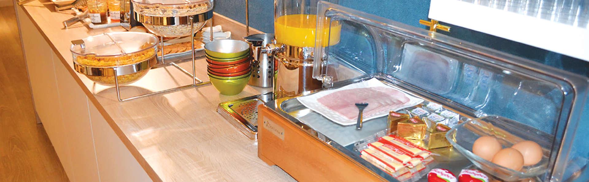 Brit Hotel Les Alizés - EDIT_Restaurante_1.jpg