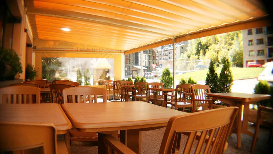 Hotel Sucara - EDIT_NEW_terrace2.jpg