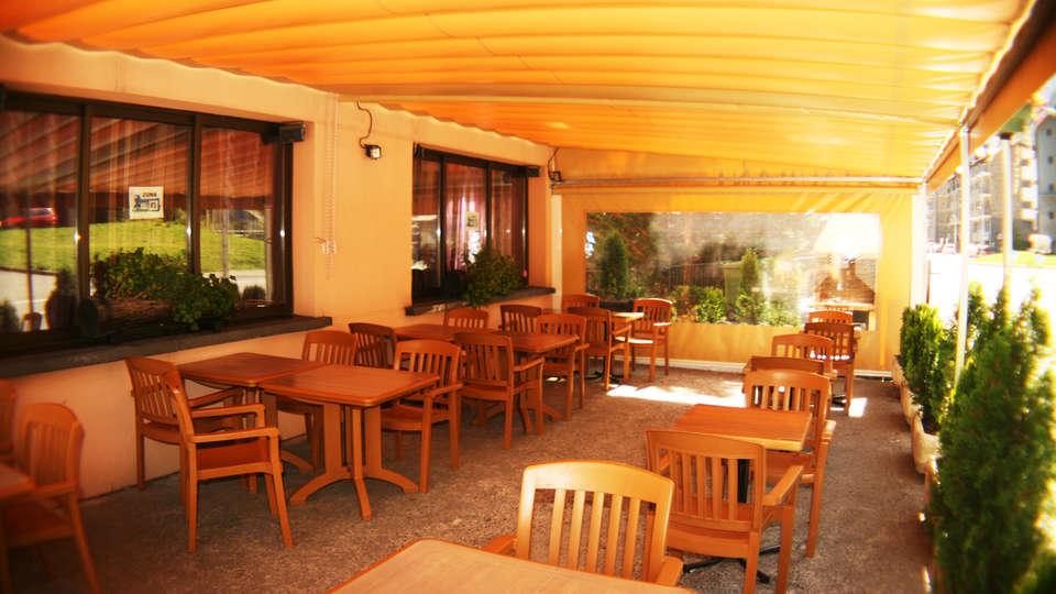Hotel Sucara - EDIT_NEW_terrace1.jpg
