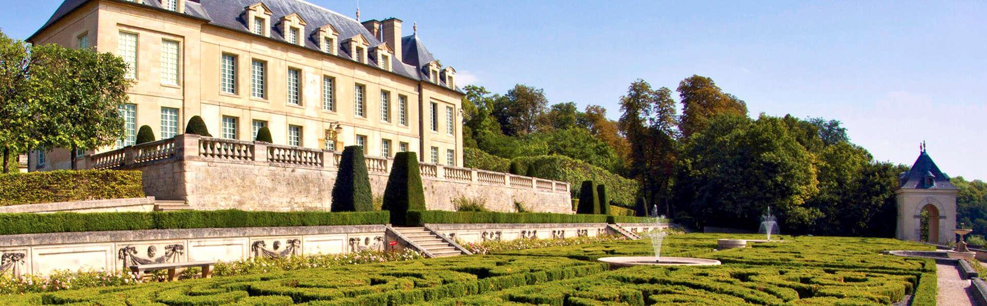 Séjour aux portes de Paris avec entrée au Château d'Auvers-sur-Oise