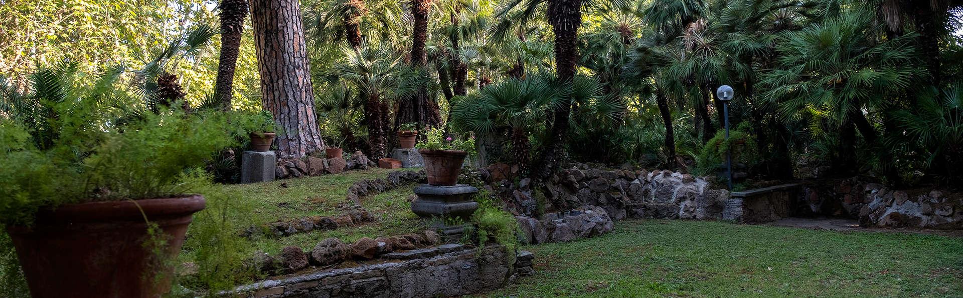 Checkin Villa Angelina - Edit_Garden2.jpg