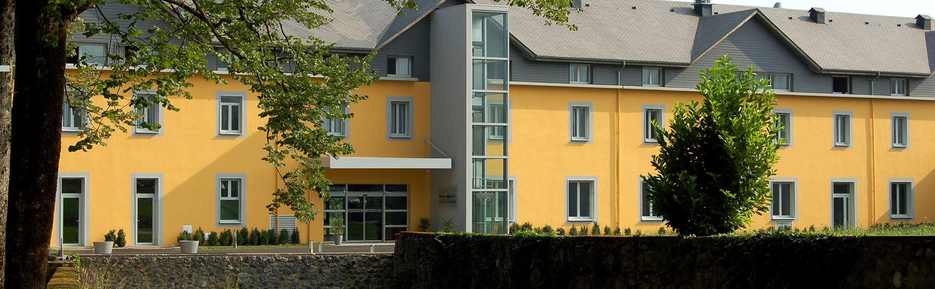 Carré Py Hôtel - Edit_Front5.jpg