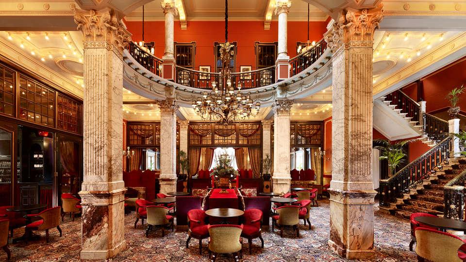Hotel Des Indes - Edit_Bar2.jpg