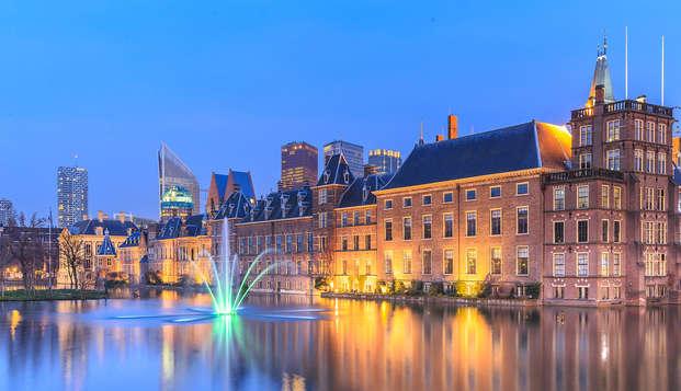 Descubre La Haya y disfruta del lujo de un hotel de cinco estrellas con desayuno incluido