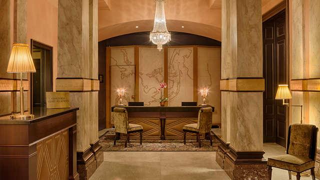 Hotel Des Indes - Reception