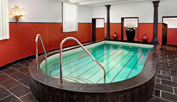 Hotel Des Indes - Pool