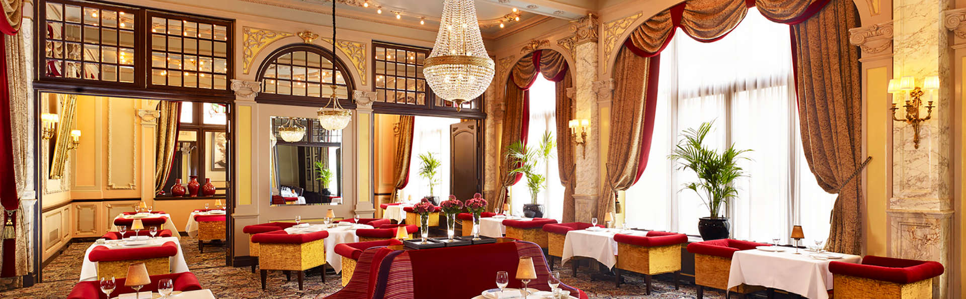 Hotel Des Indes, The Leading Hotels Of The World - Edit_Restaurant.jpg