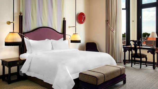 Hotel Des Indes - Room
