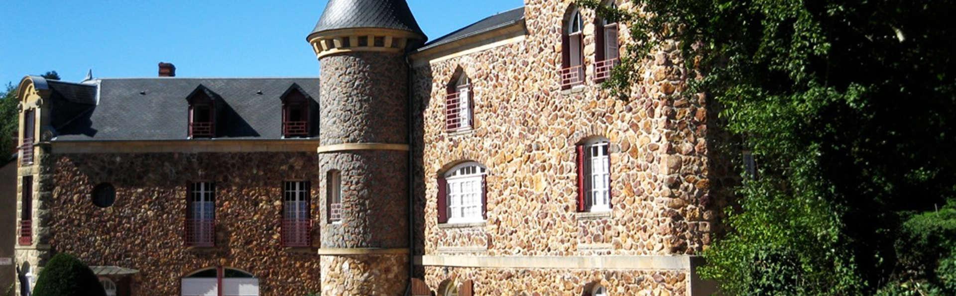 Castel des Cèdres - EDIT_front1.jpg