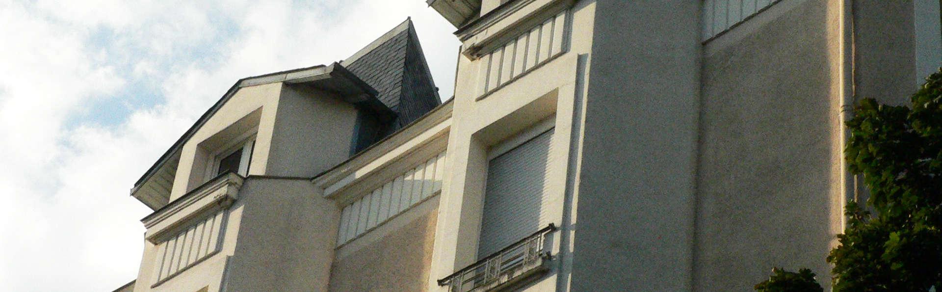 Central Hôtel Kyriad Vichy - EDIT_front.jpg