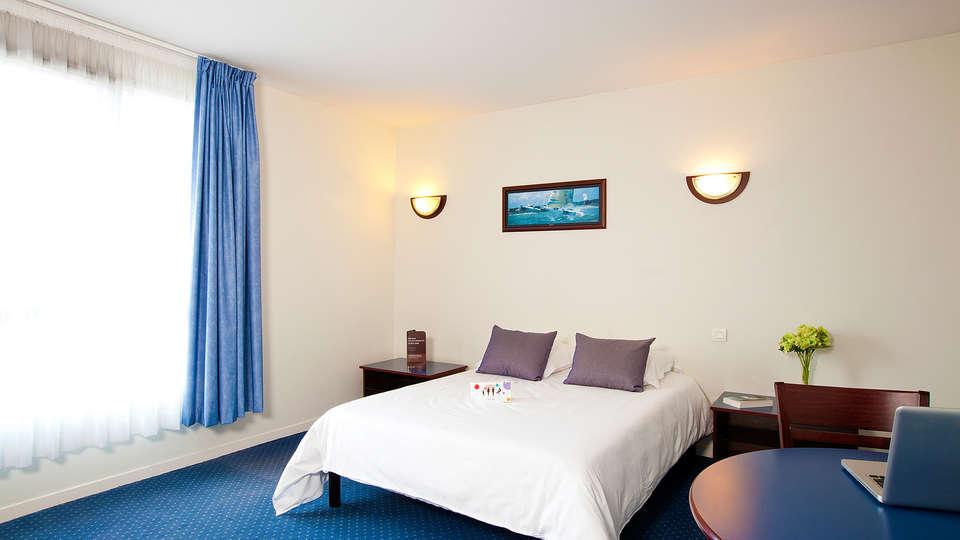 Cerise Carcassonne Nord - EDIT_room9.jpg