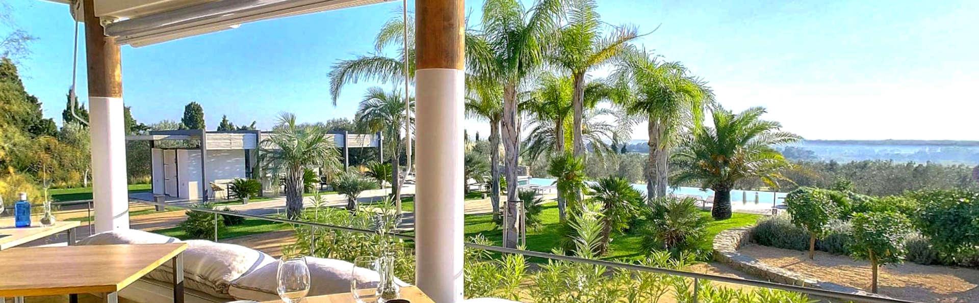 Hotel Mas Lazuli - Edit_Terrace3.jpg