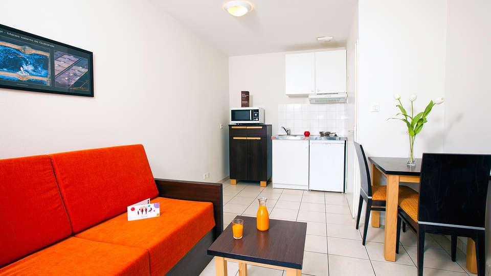 Cerise Nantes Atlantis - EDIT_apartment4.jpg