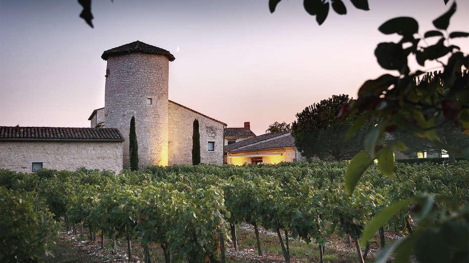 Château de Salettes - EDIT_Fachada_5.jpg