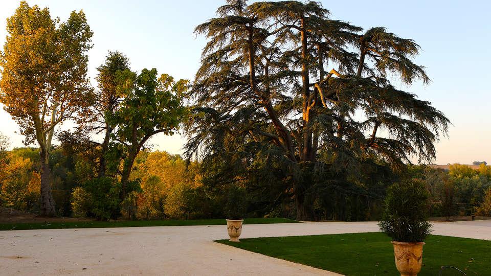Château de Drudas - Relais & Châteaux - EDIT_NEW_exterior.jpg