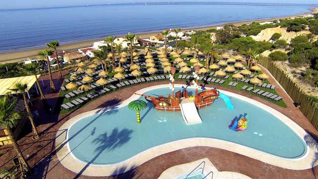 Todo Incluido en Mazagón en un hotel frente al mar con parque acuático incluido
