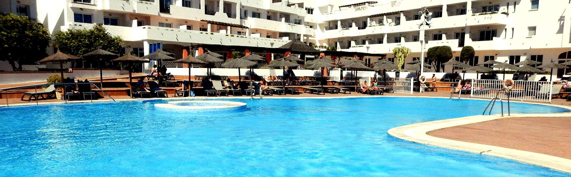 Oferta anticipada: Cabo de Gata con spa, media pensión y niño gratis
