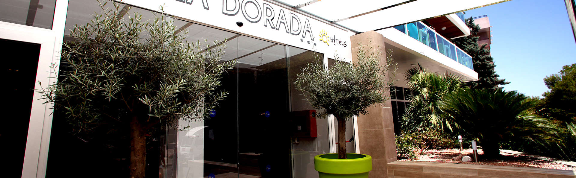 Ohtels Villa Dorada - Edit_Entrance.jpg