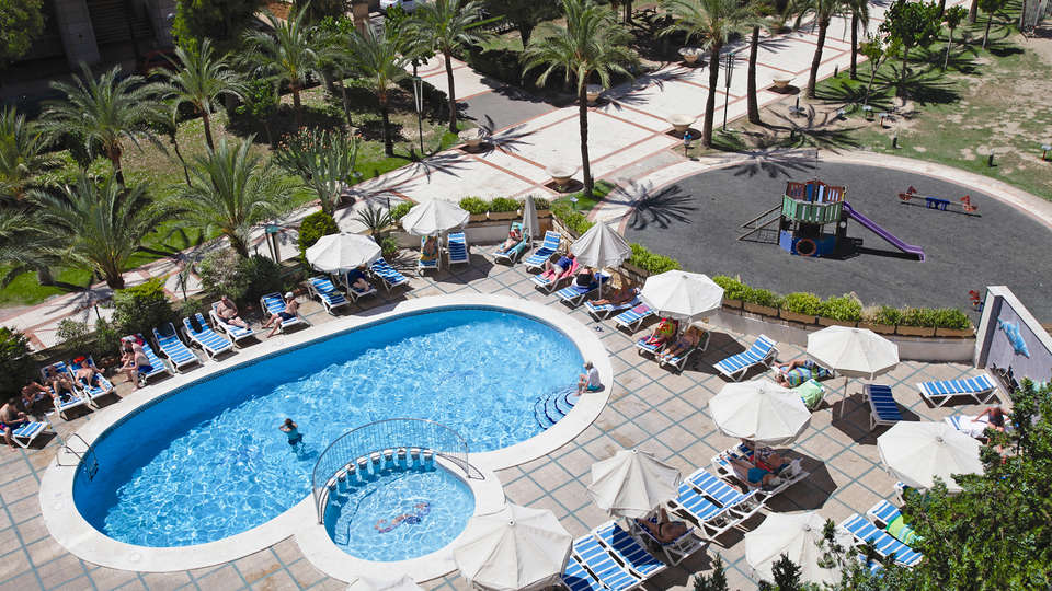 Hotel Prince Park - EDIT_NEW_pool.jpg