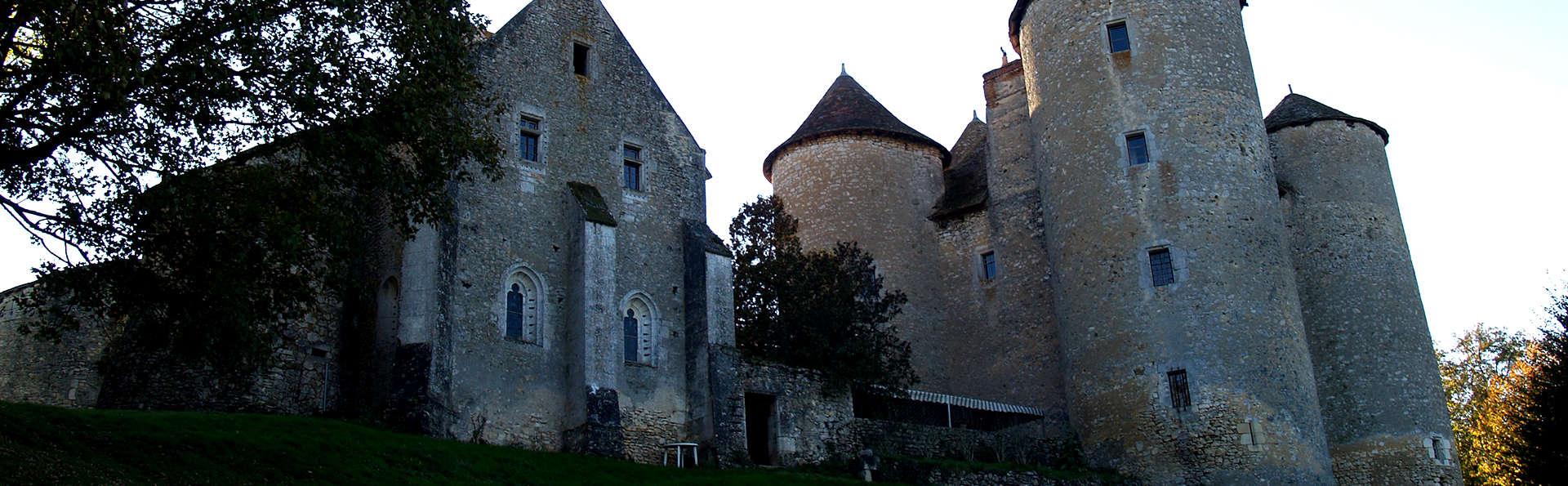 Château de Forges  - Edit_Front2.jpg