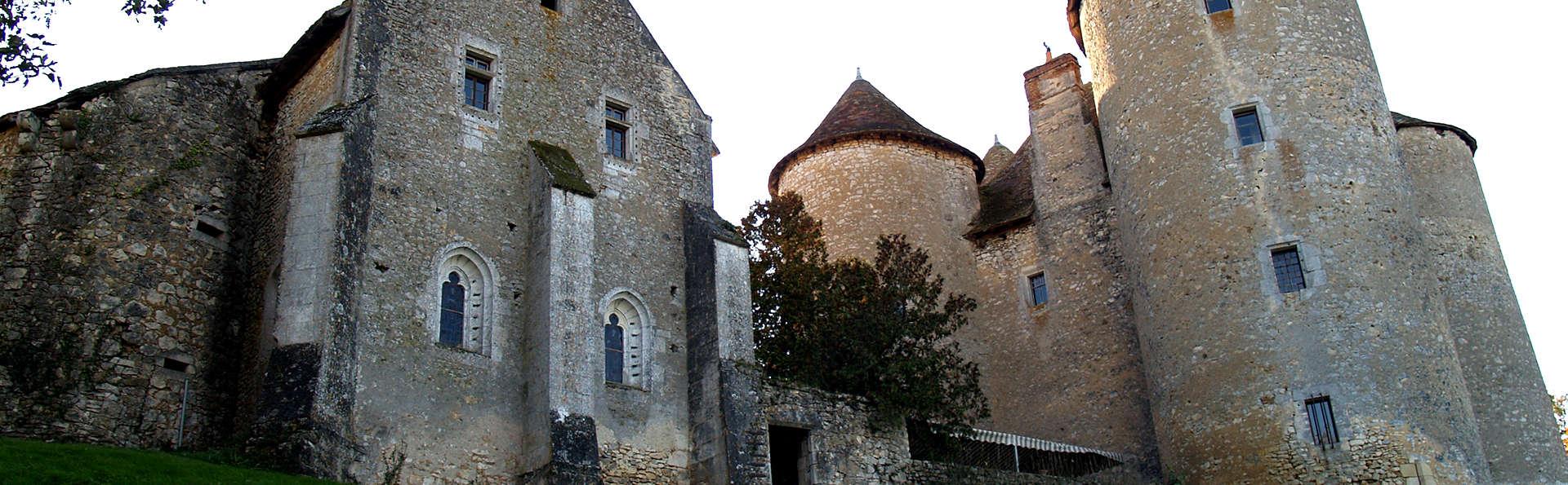 Château de Forges  - Edit_Front.jpg