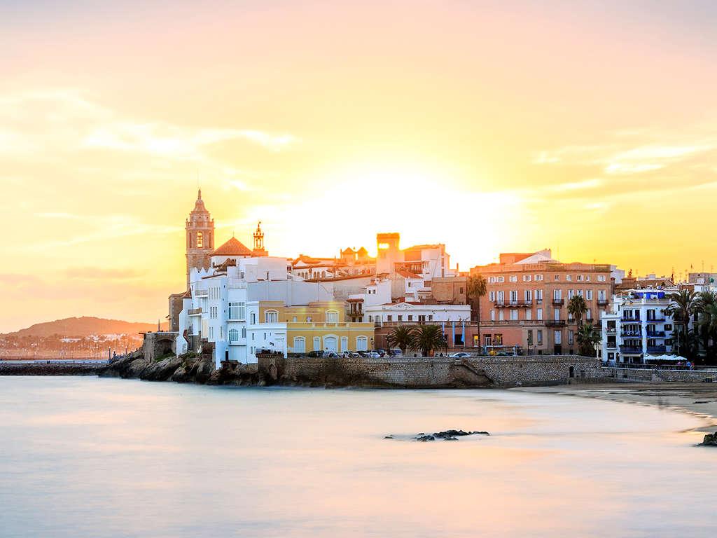 Séjour Sitges - Laissez-vous charmer par la ville de Sitges dans un appartement pour 4 adultes  - 4*