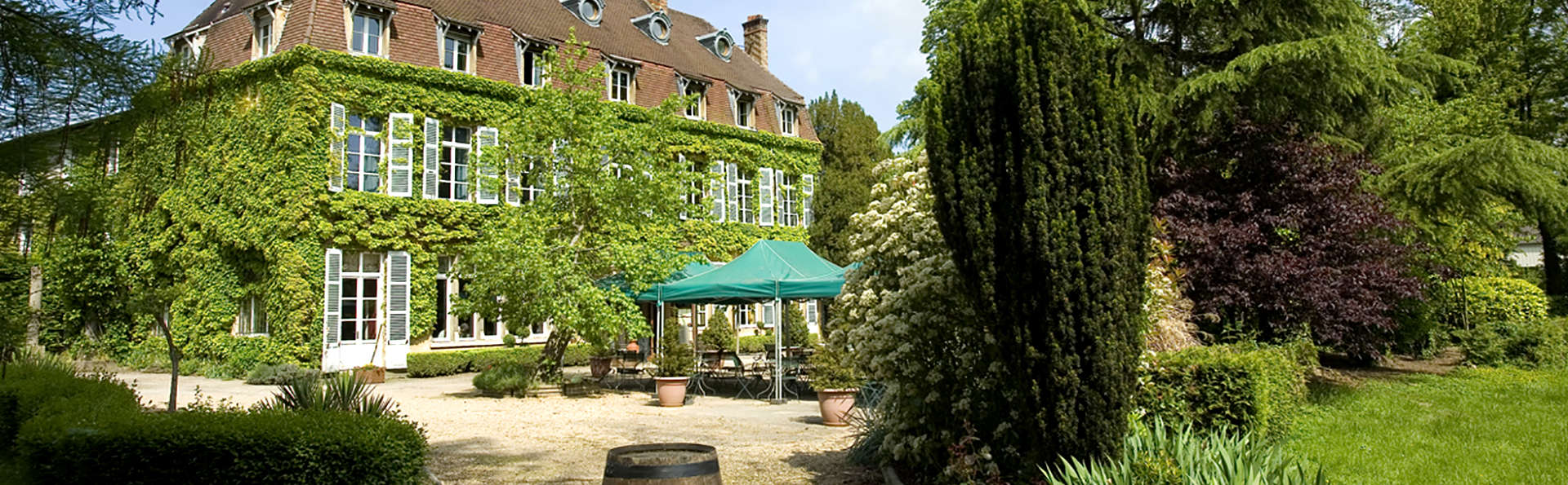 Hotel The Originals Hostellerie Château de la Barge (ex Relais du Silence) - Edit_Front4.jpg