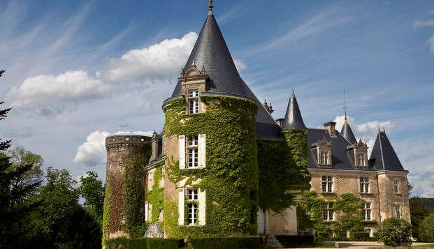 Escapada en un auténtico castillo del siglo XV en pleno Périgord