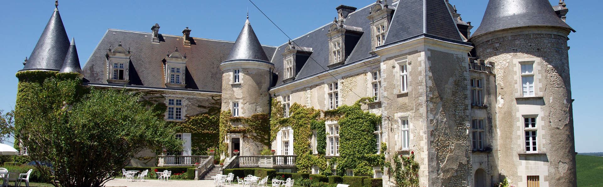 Château de La Côte - EDIT_front5.jpg