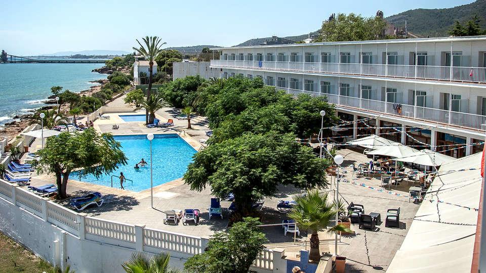 Hotel Carlos III - EDIT_NEW_VIEW.jpg