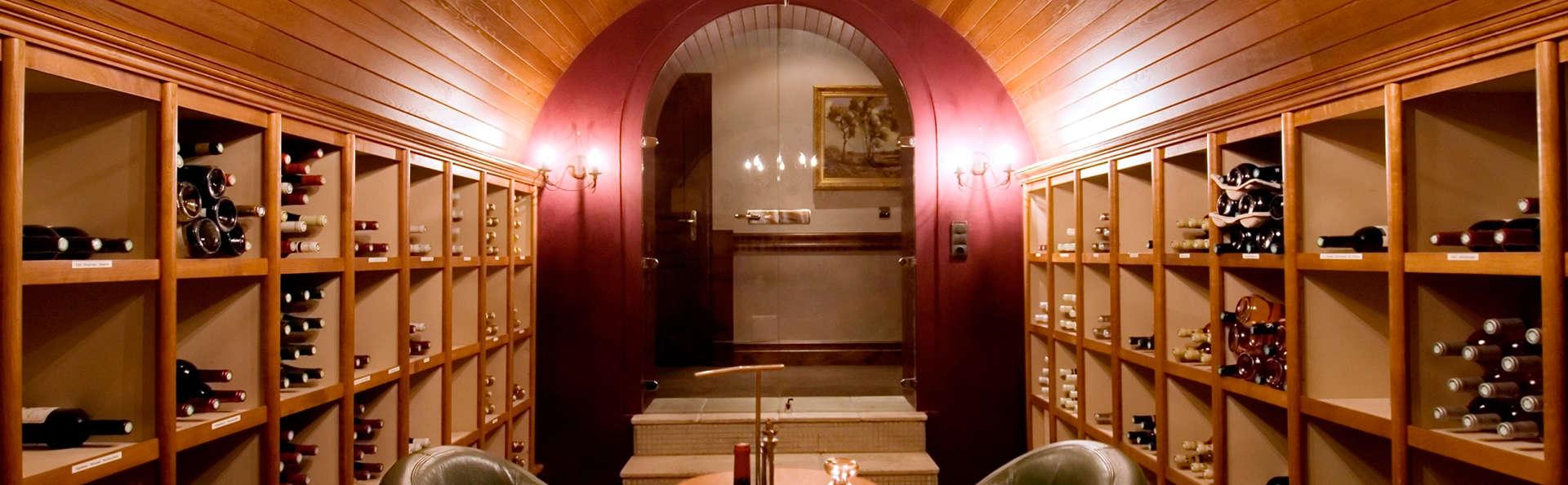 Château de la Tour - Cannes - EDIT_wine.jpg