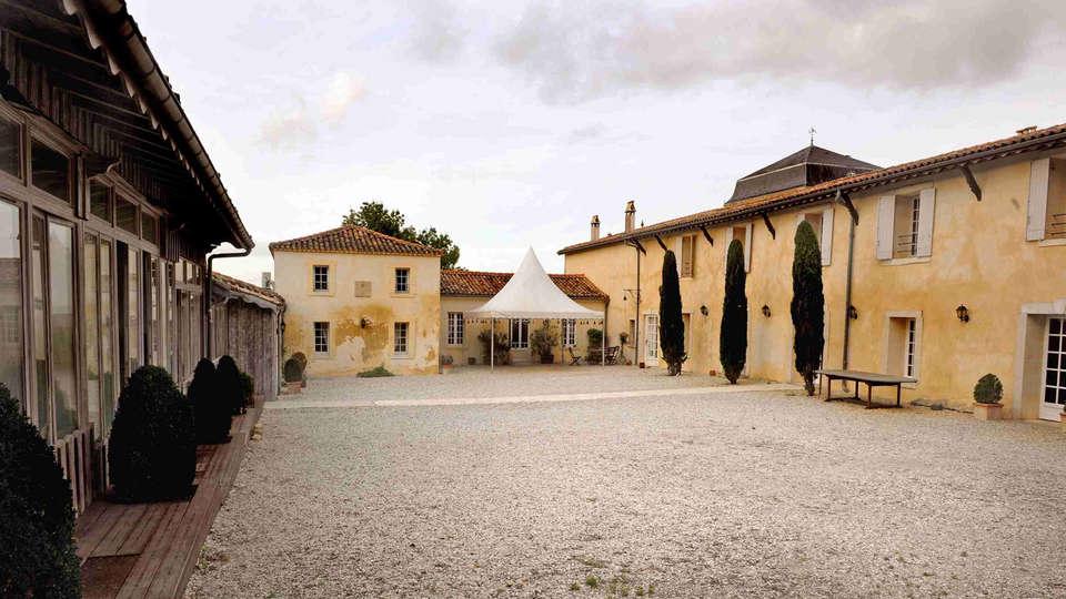Château De Lantic - EDIT_exterior.jpg