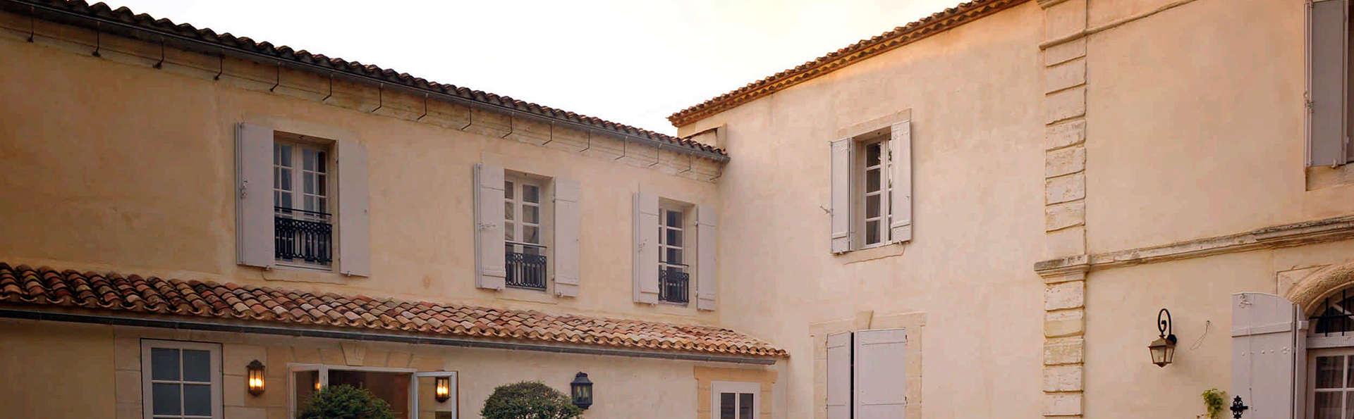 Château De Lantic - EDIT_front.jpg