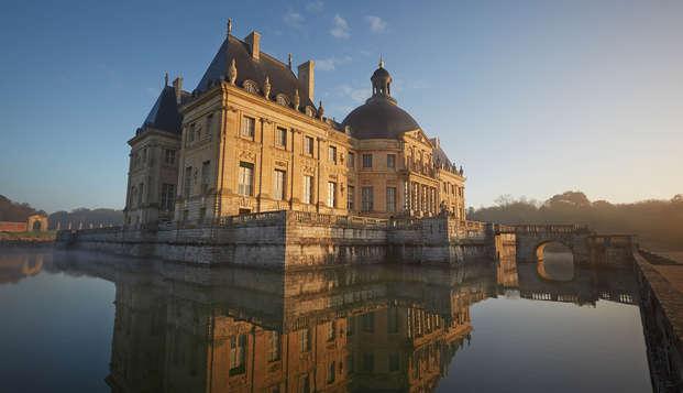 Bezoek aan het kasteel van Vaux-le-Vicomte voor een natuurpauze op 1u van Parijs