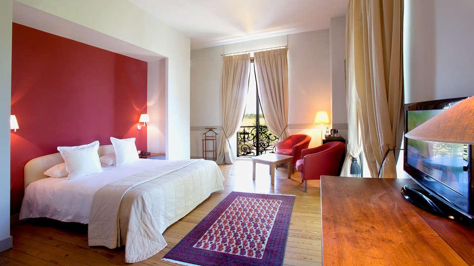 Château Grattequina - EDIT_Room_2.jpg